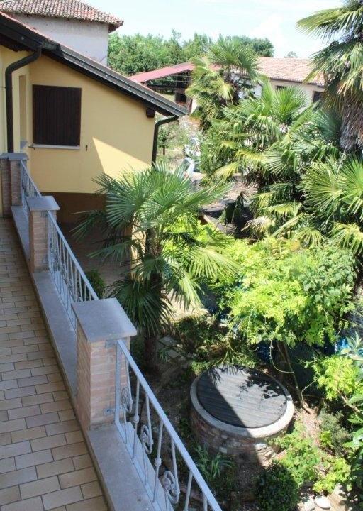 40 terrazza interna e cortile